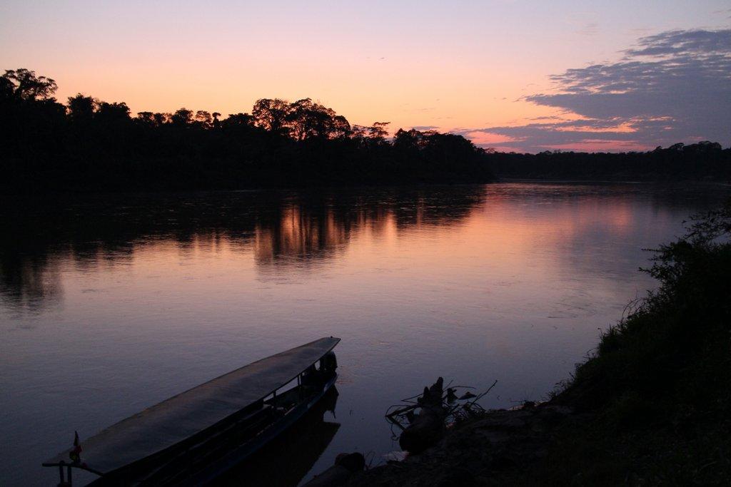 Il tramonto sul Rio Tambopata