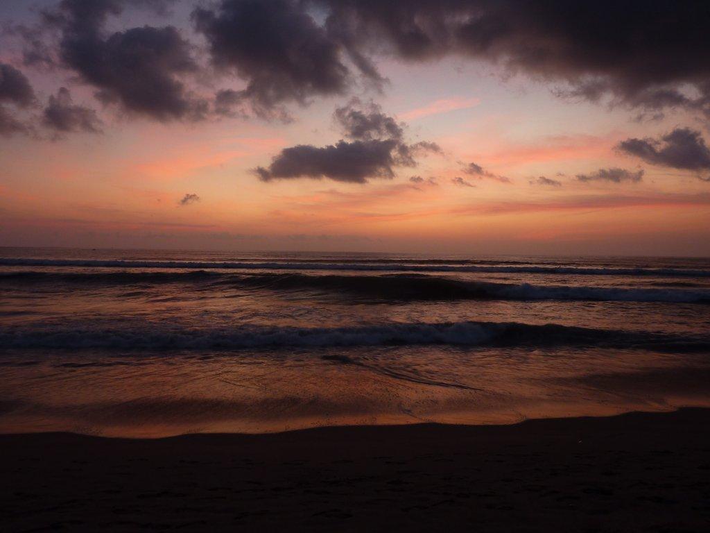tramonto su Kuta beach
