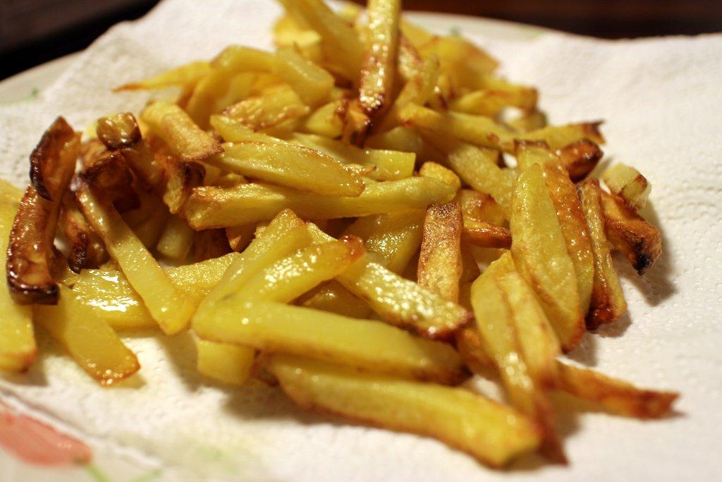 Ricetta del lomo saltado: patate fritte