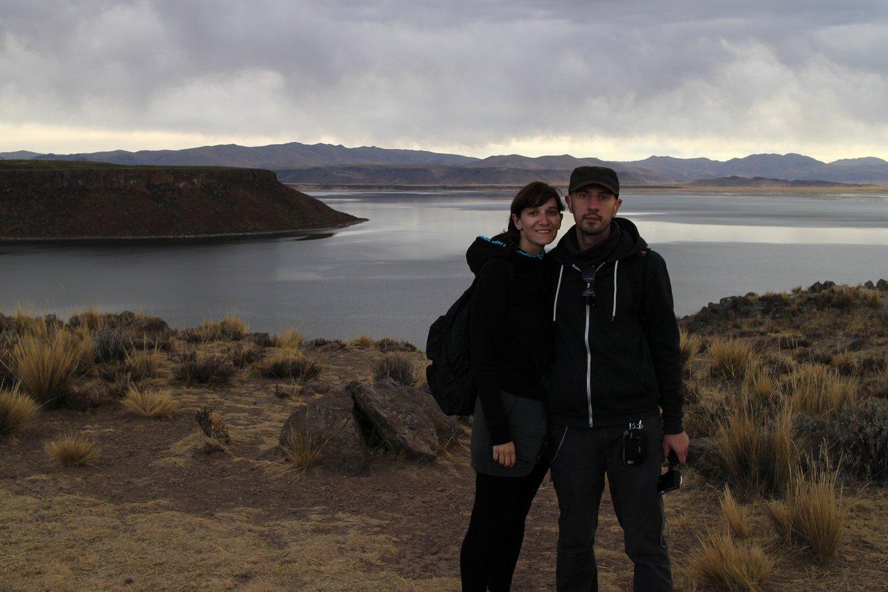 lago titicaca fai da te: il paesaggo sulla laguna di umayo a sillustani