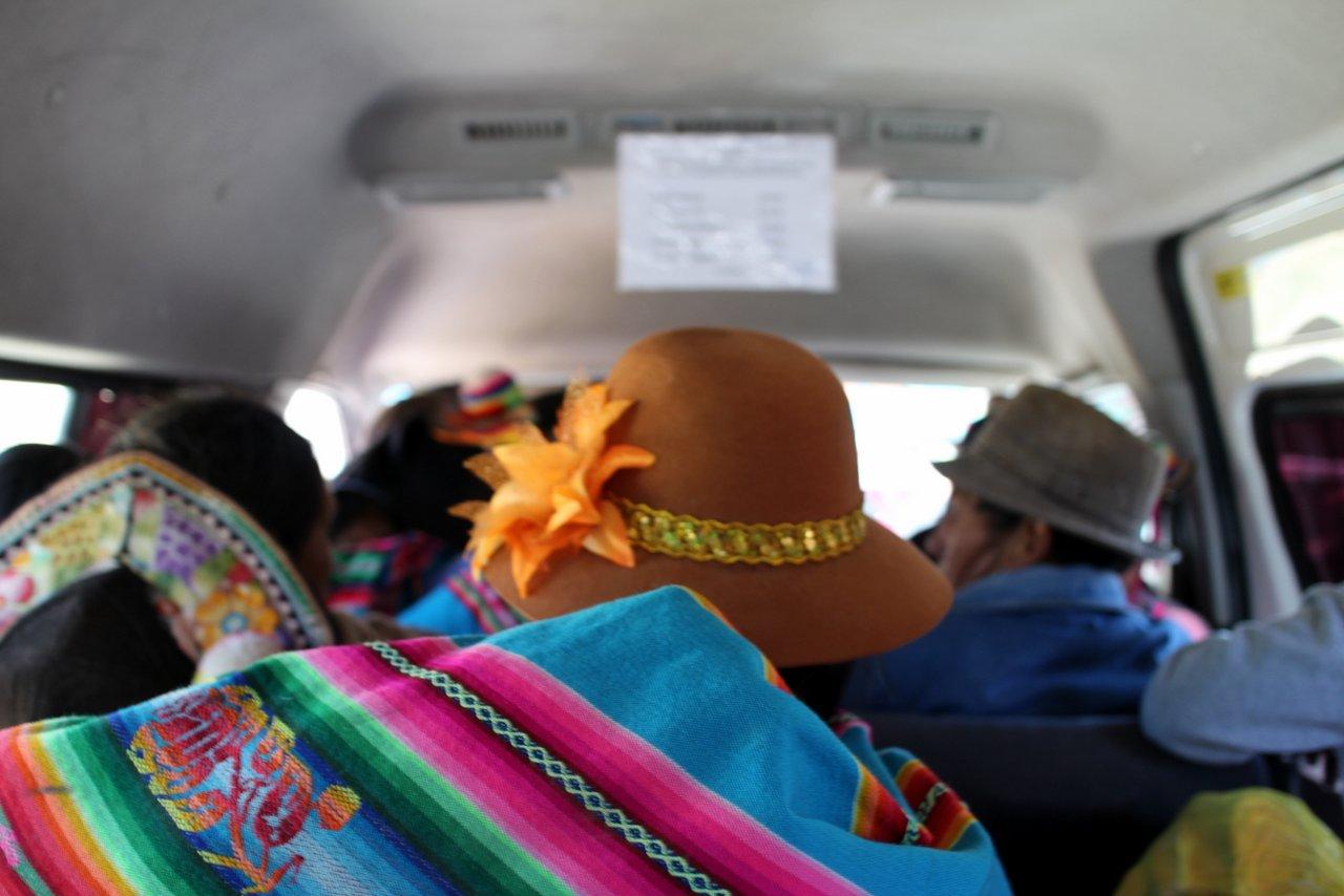lago titicaca fai da te: sul combi per capachica