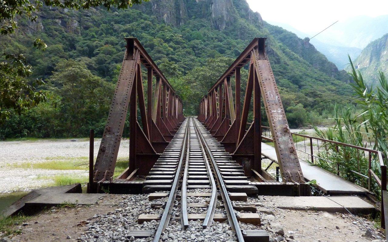 Machu Picchu low cost: attraversamento del ponte
