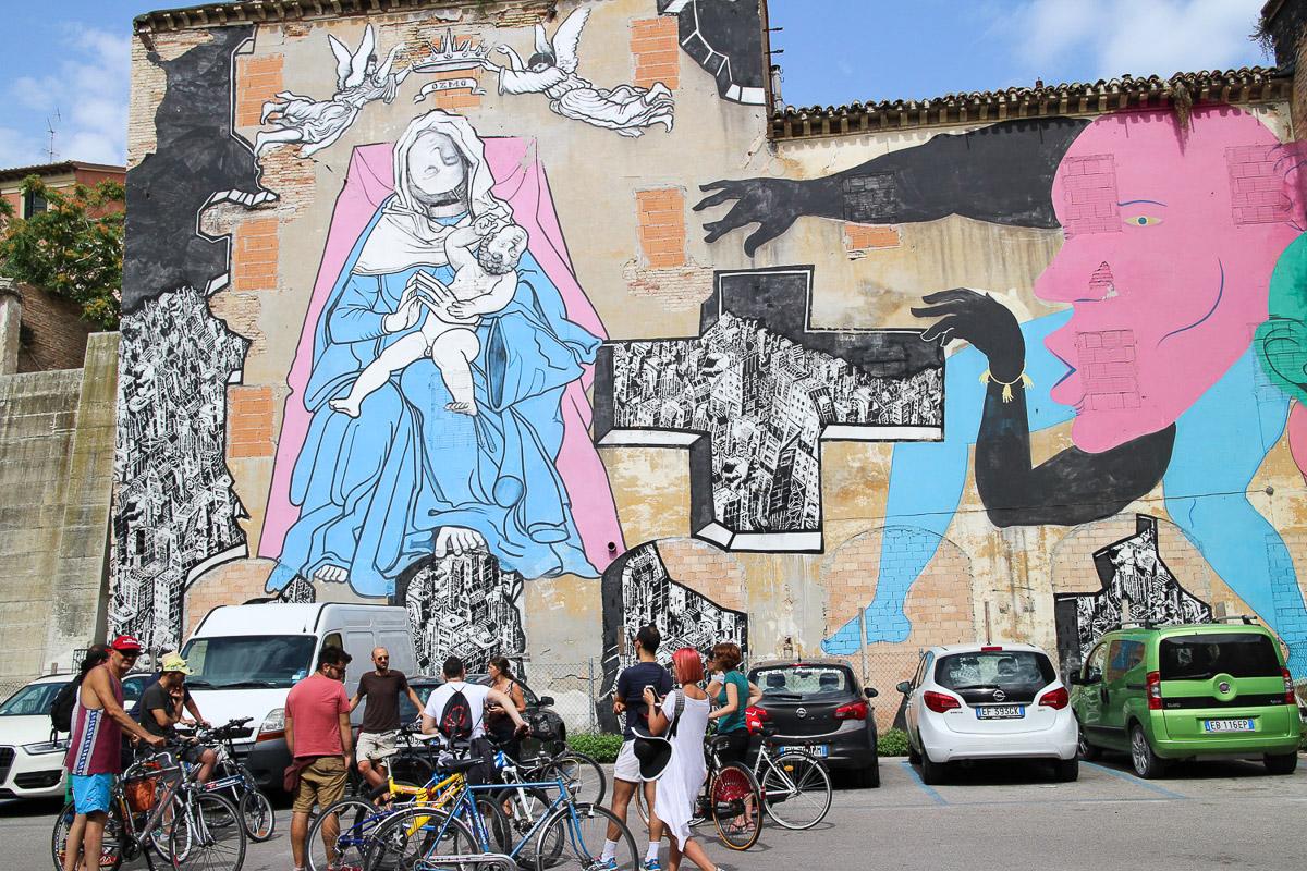 002_street-art_ancona_carapaucostante