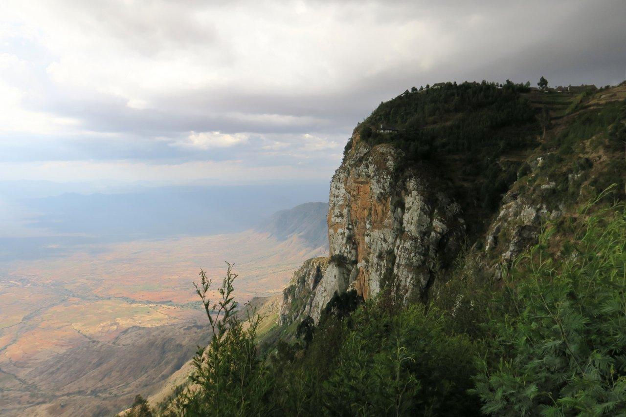 escursione nelle montagne usambara: mambo cliff