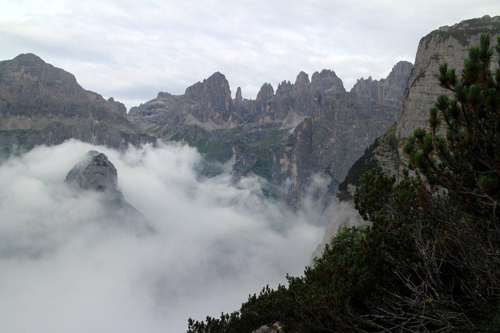 escursione al croz dell'altissimo: panorama dolomiti