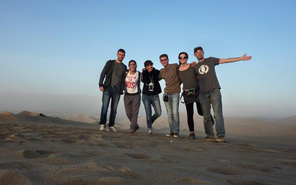 pronti per la corsa sulle dune di Huacachina