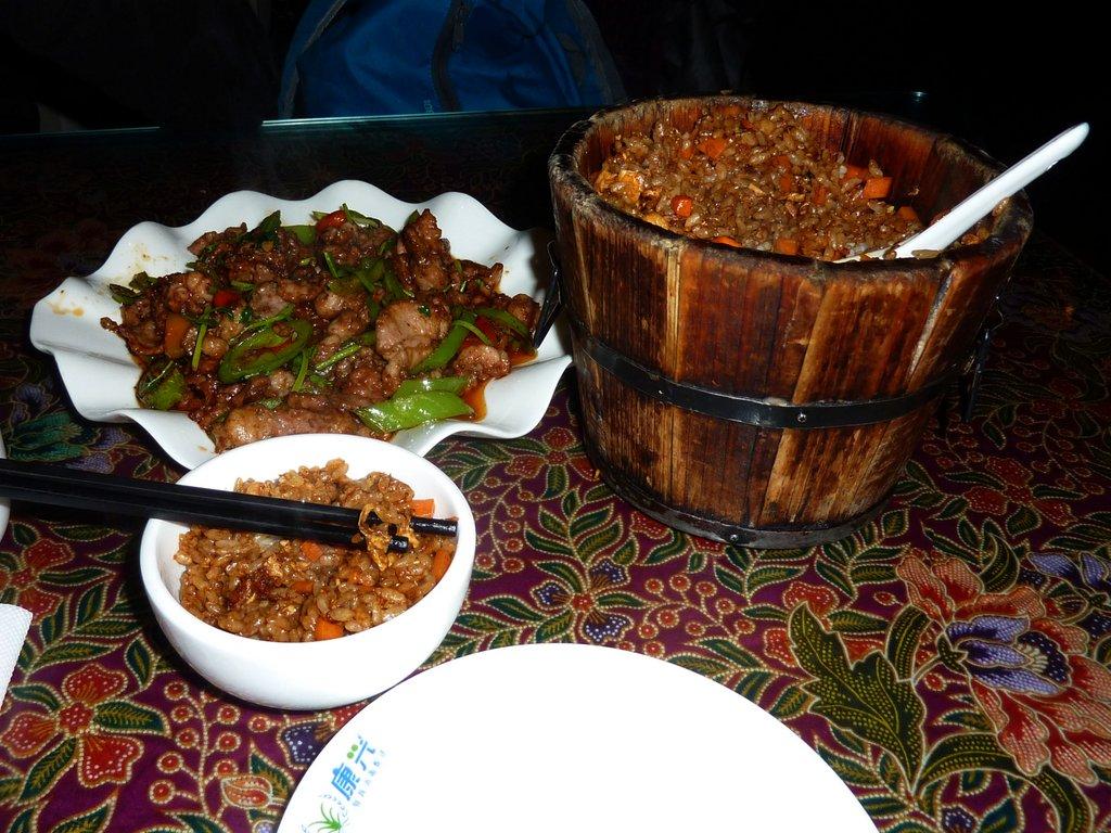 Cose da fare in cina. Ordinare il cibo da altri tavoli