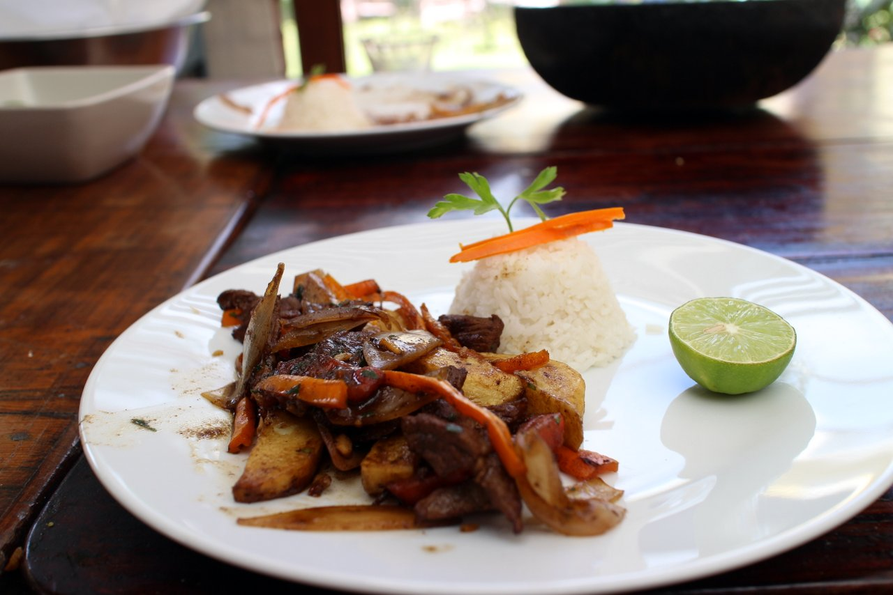 Corso di cucina peruviana: il lomo saltado