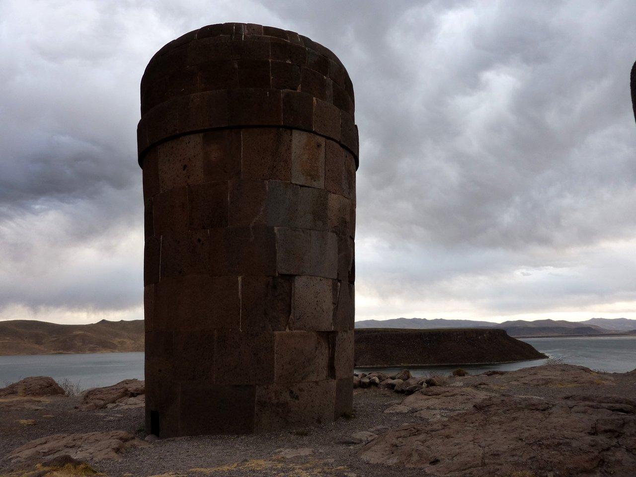 lago titicaca fai da te: chullpas a sillustani