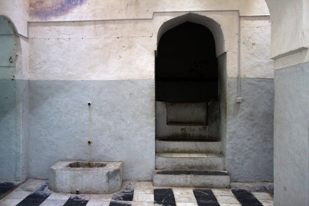 cosa fare a stone town. i bagni persiani