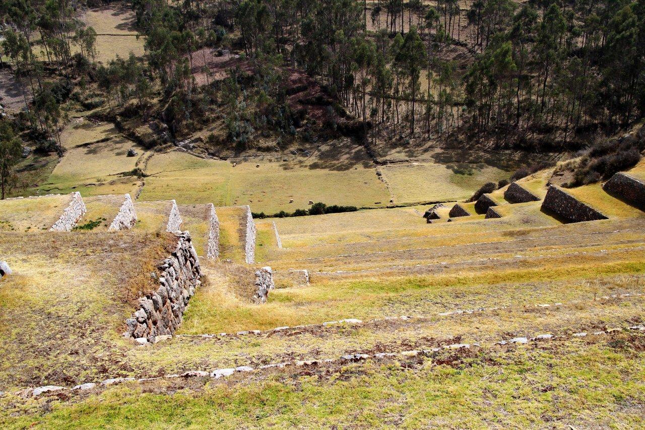 tour della valle sacra: le terrazze di chinchero