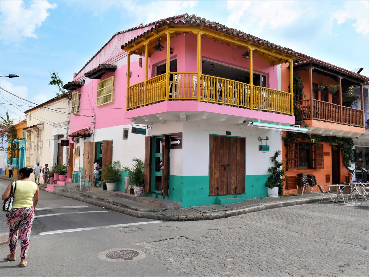 cartagena colombia: casa di getsemani
