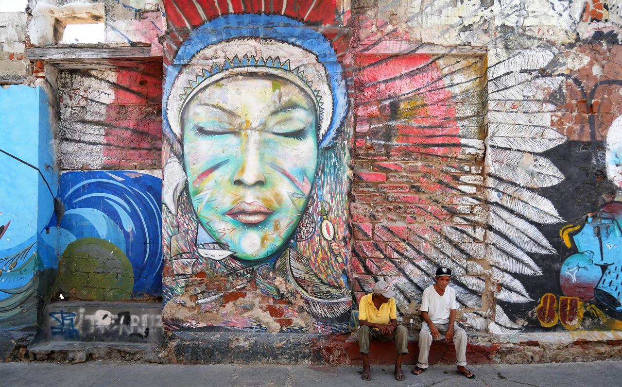 cartagena colombia: murales a getsemani
