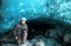 escursione alla grotta di ghiacchio: marco nella grotta