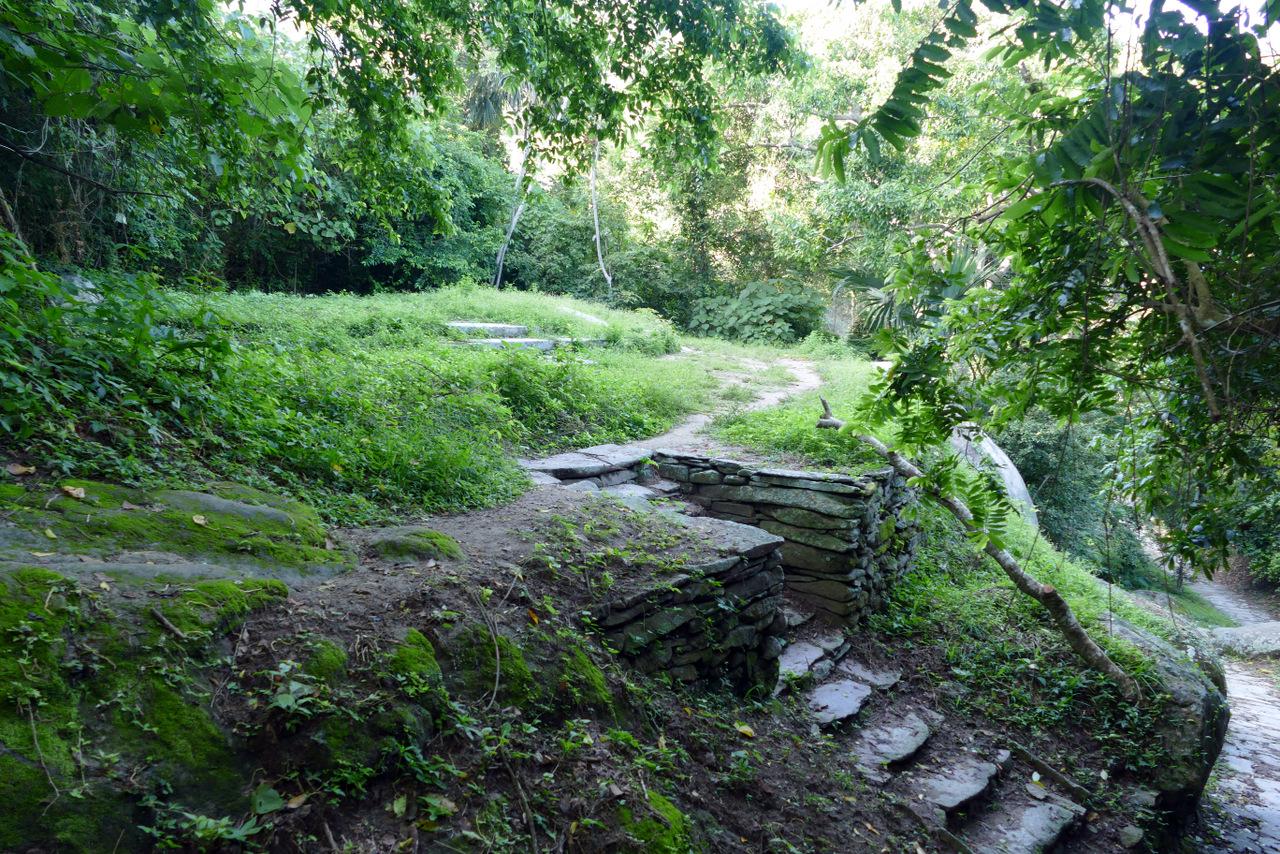pueblito-escursione-colombia: resti