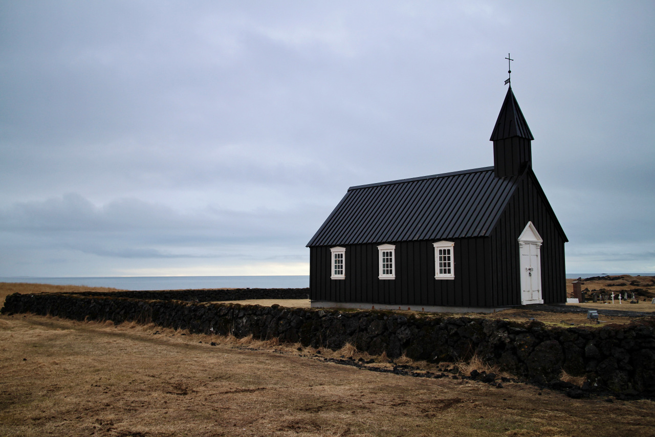 penisola di snaefellsness: chiesa nera di Budir